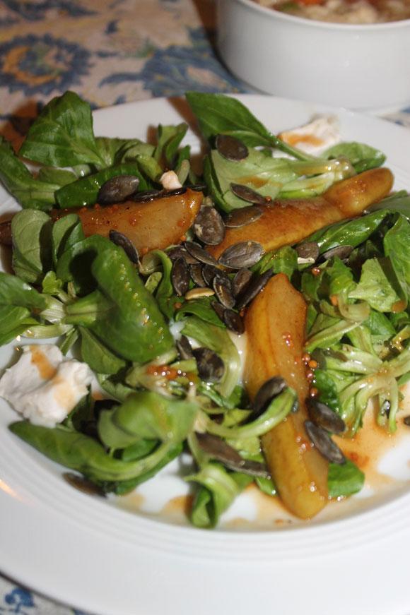 Feldsalat mit Honig-Senf-Dressing