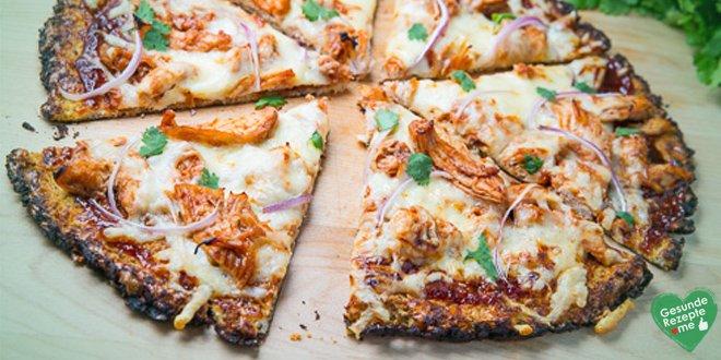 Cauliflower Crust Pizza mit Bacon